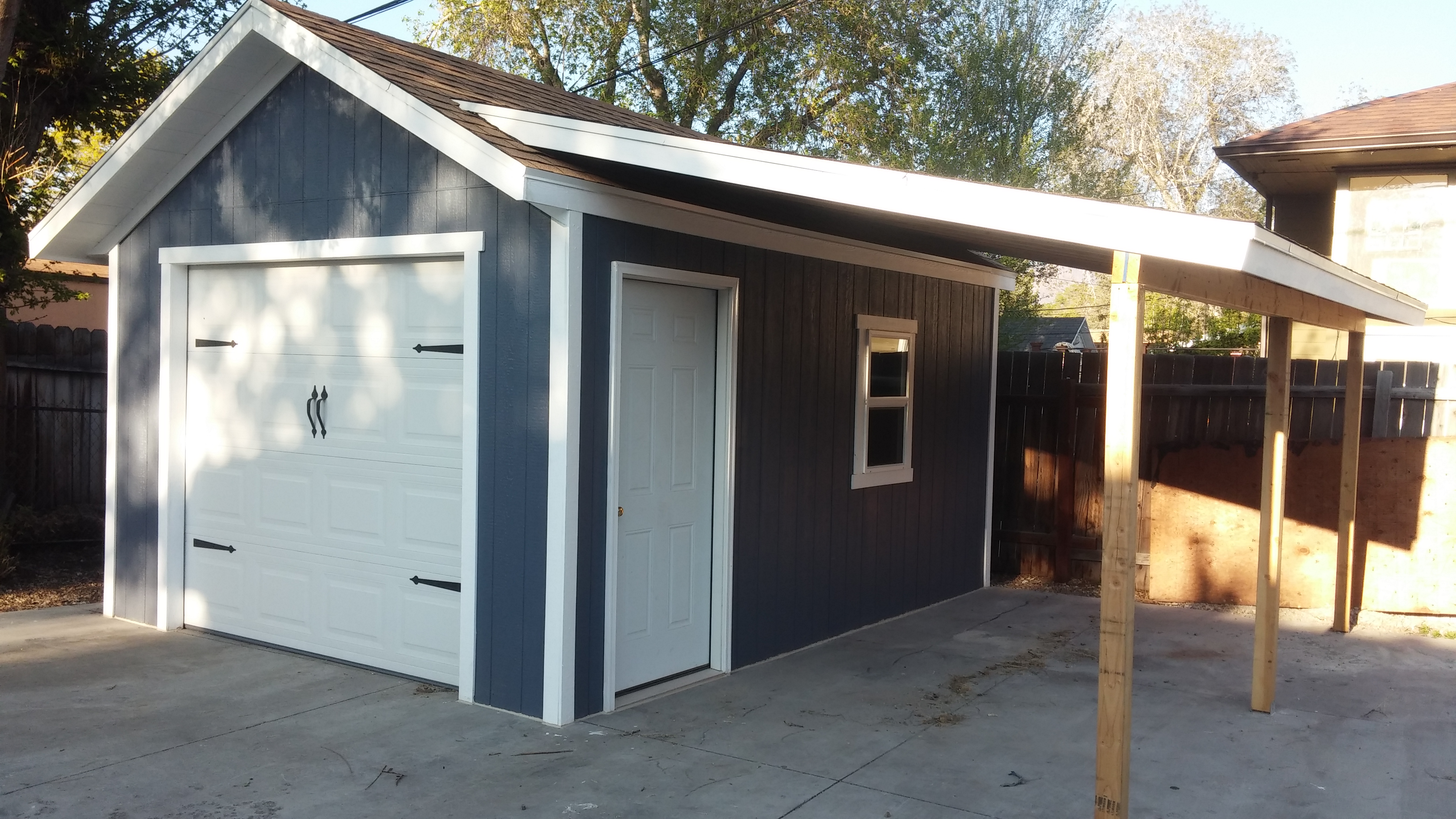 12 X 16 One Car Garage W Covered Lean To